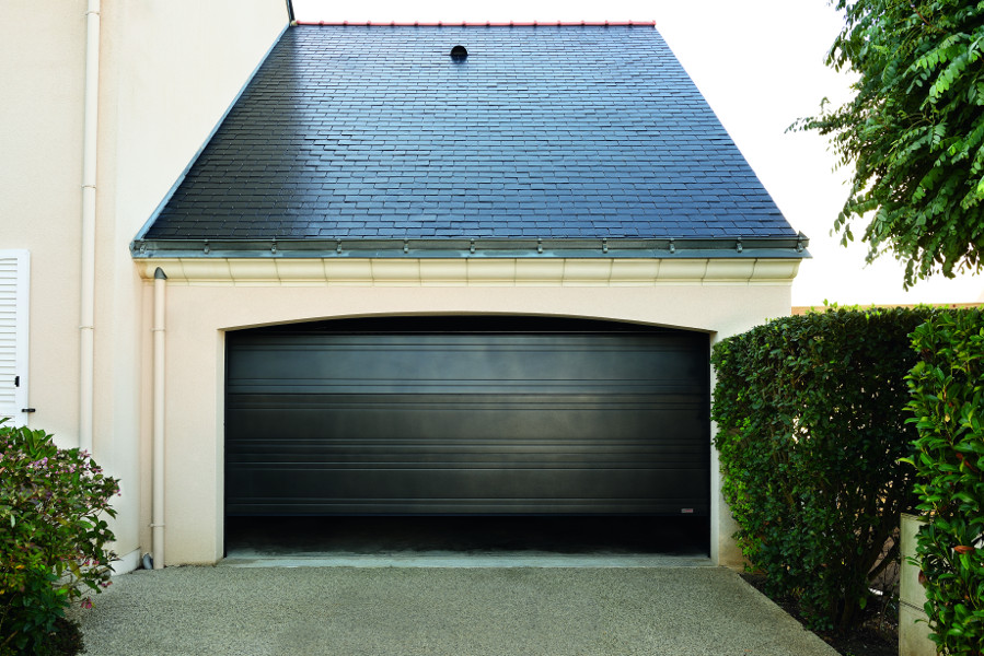 Portes de garage sectionnelles for Porte de garage sectionnelle isea